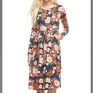 Navy Floral Dress w/Pockets